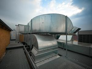 uprek listopad 2020 střecha vzduchotechnika